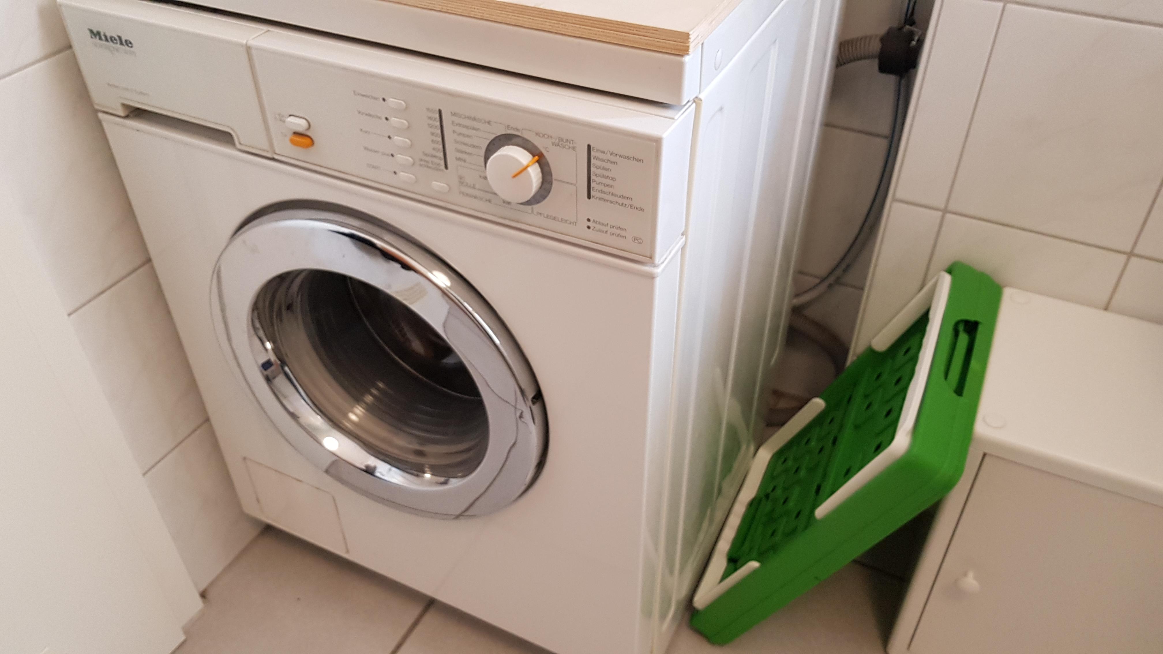 standtrockner-wäsche-waschen-waschständer